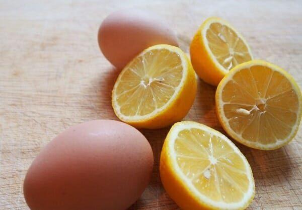 cách làm gel lột mụn bằng trứng gà